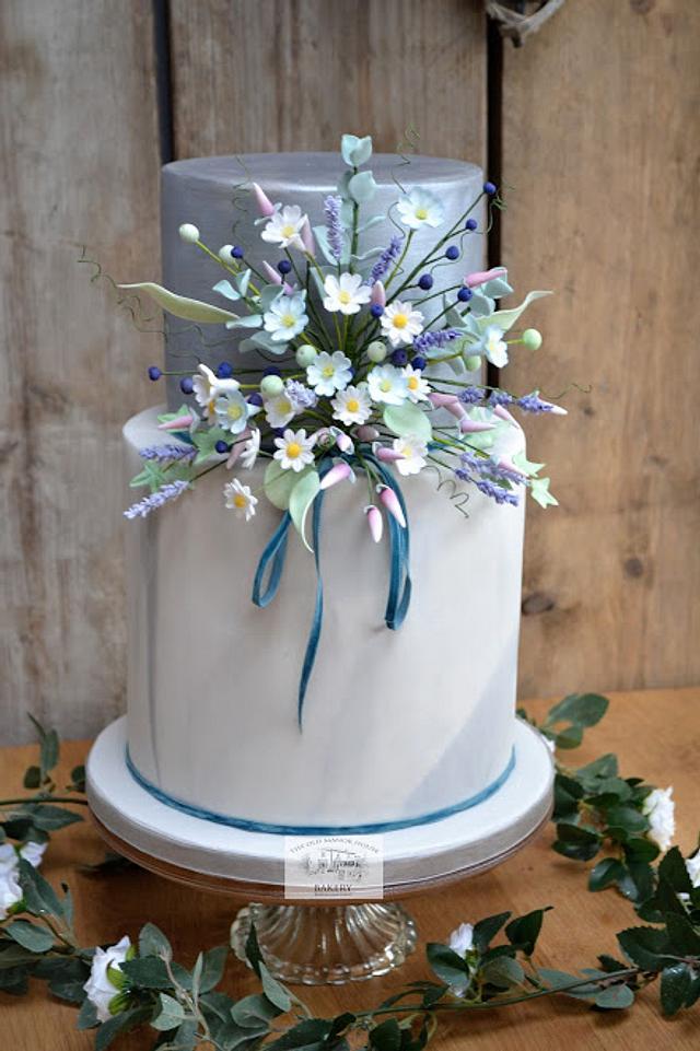 Boho Chic Cottage Garden Wedding Cake