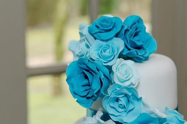 Turquoise Rose Cascade Wedding Cake