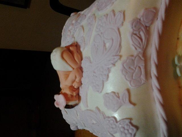 Pillow Top Babyshower Cake