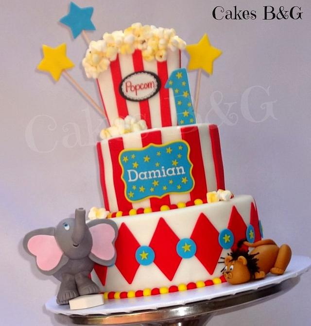 Stupendous Carnival Themed Cake And Cupcakes Cake By Laura Barajas Cakesdecor Personalised Birthday Cards Paralily Jamesorg