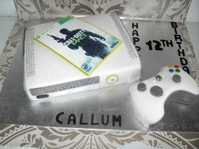xbox console cake