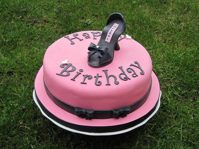 A black Shoe Cake