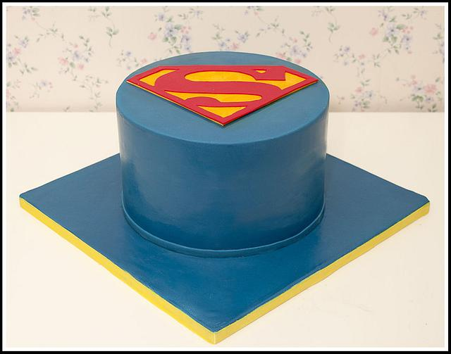 Wondrous Superman Birthday Cake Cake By Tortacouture Cakesdecor Funny Birthday Cards Online Bapapcheapnameinfo