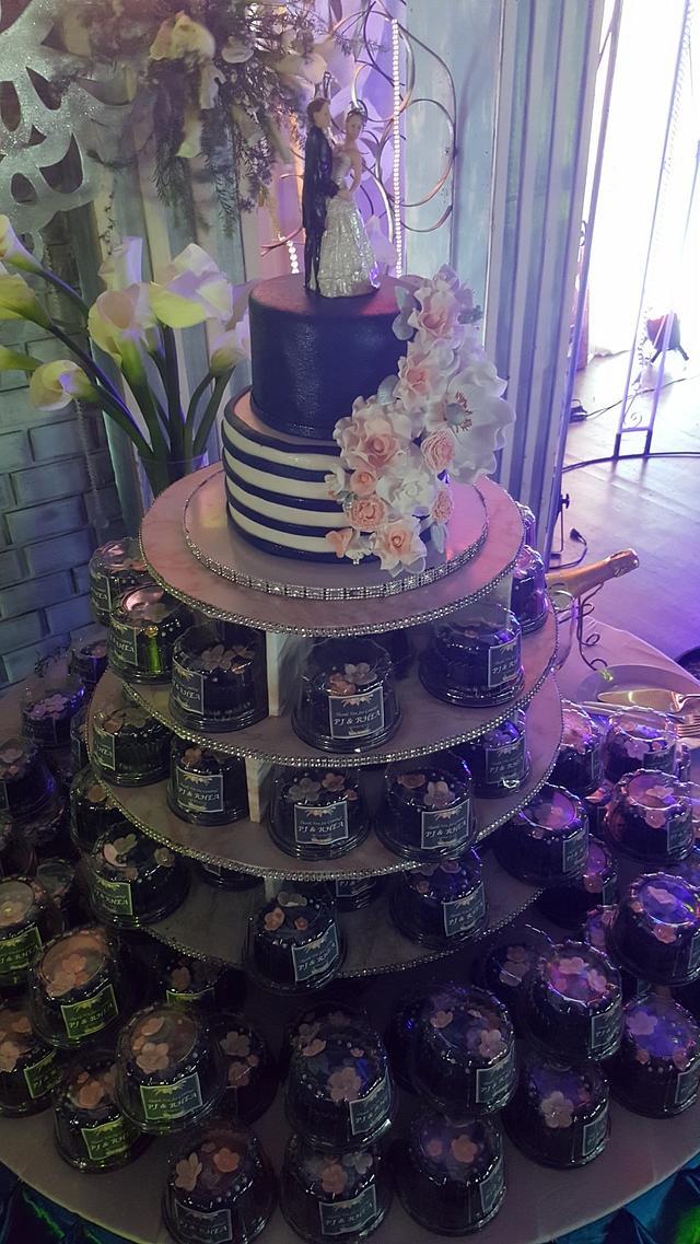 Romantic peach & navy blue wedding