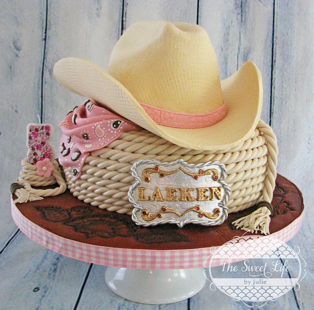 Cowboy hat & buckle cake