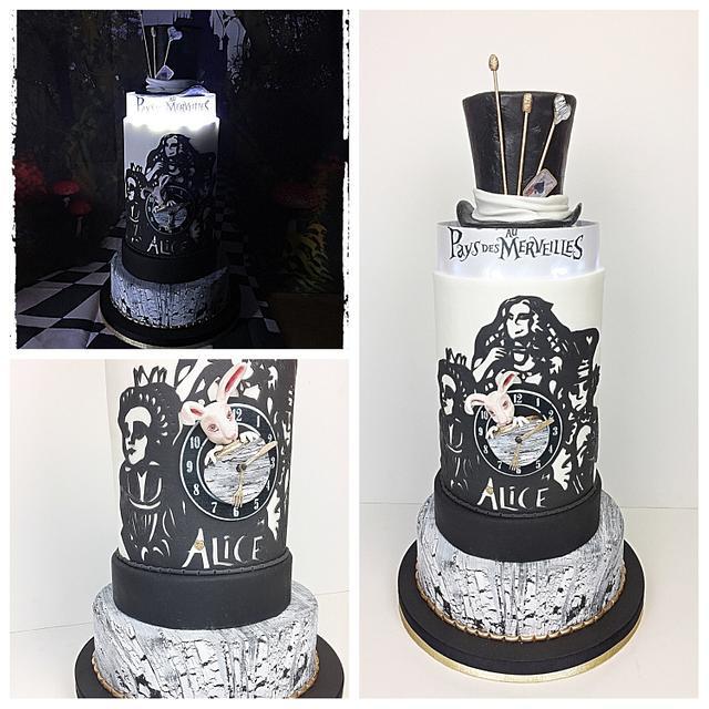 Alice au pays des merveilles cake
