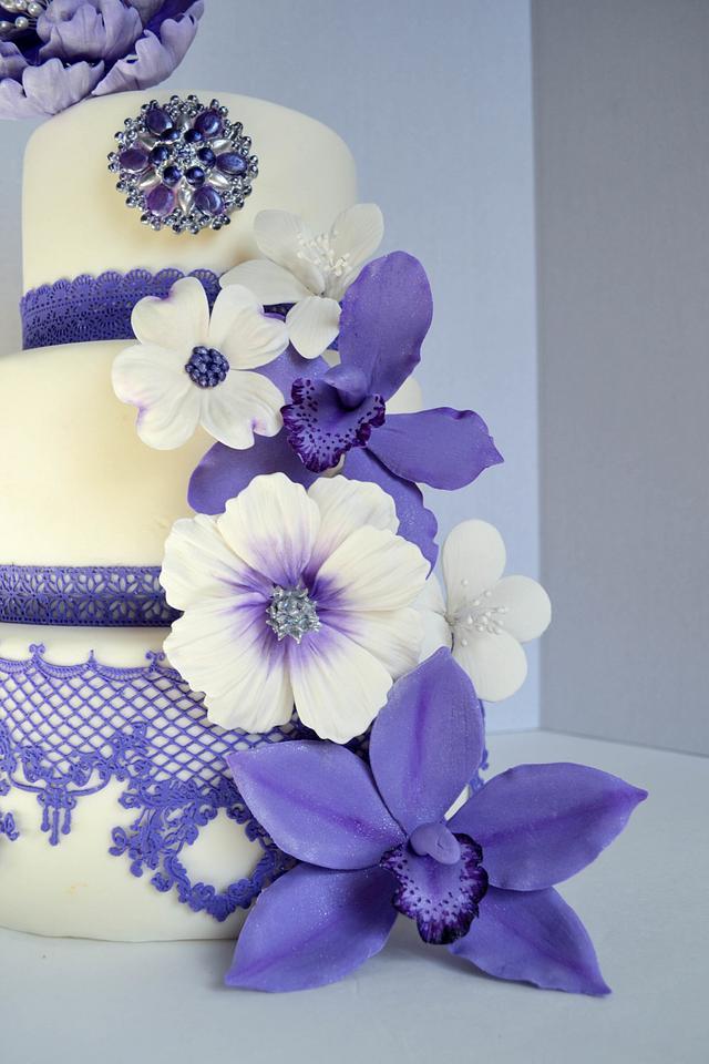 Lavender Purple Peonies Wedding Cake