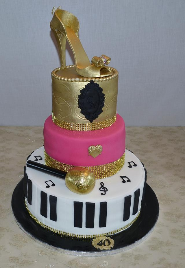 Magnificent Showbiz 40Th Birthday Party Cake Cake By Lily Rose Cakesdecor Funny Birthday Cards Online Aeocydamsfinfo