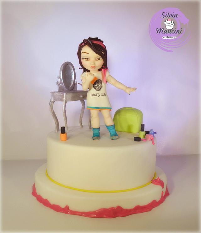 Nail polish ..the cake !