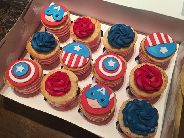 Super man Cake