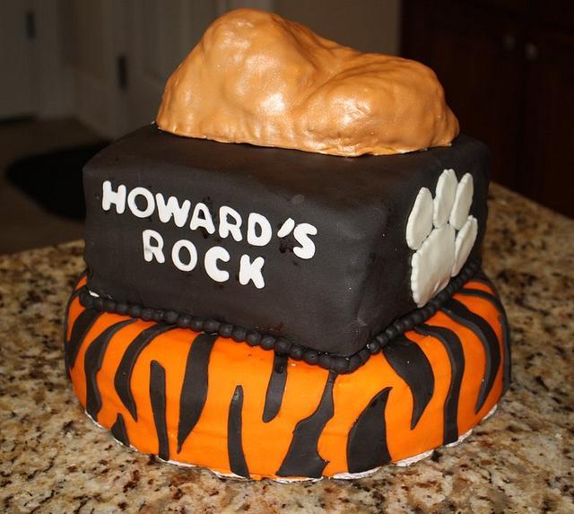 Clemson themed groom's cake