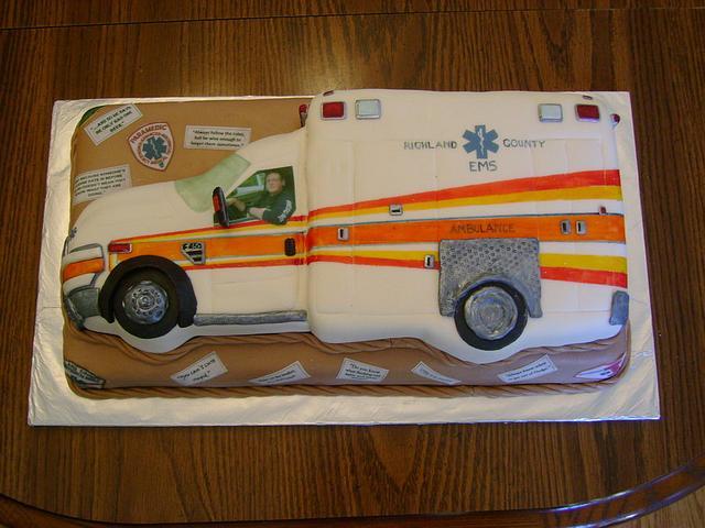 Paramedic Grooms Cake