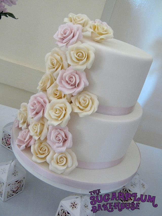 2 Tier Rose Wedding Cake
