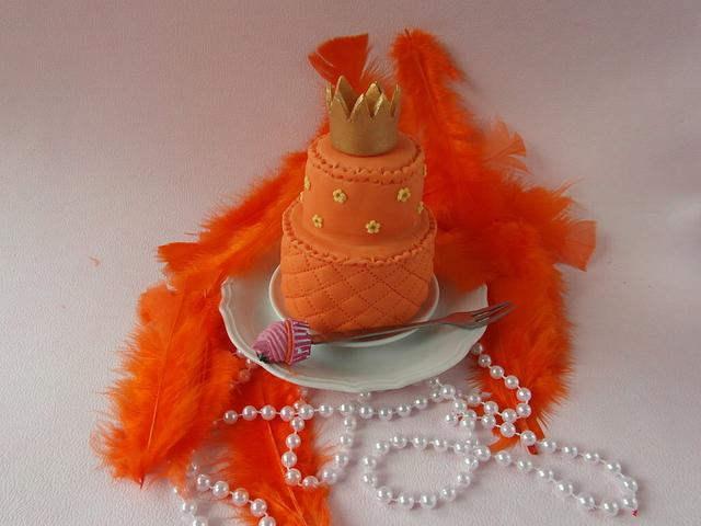 mini cake for Queen's day