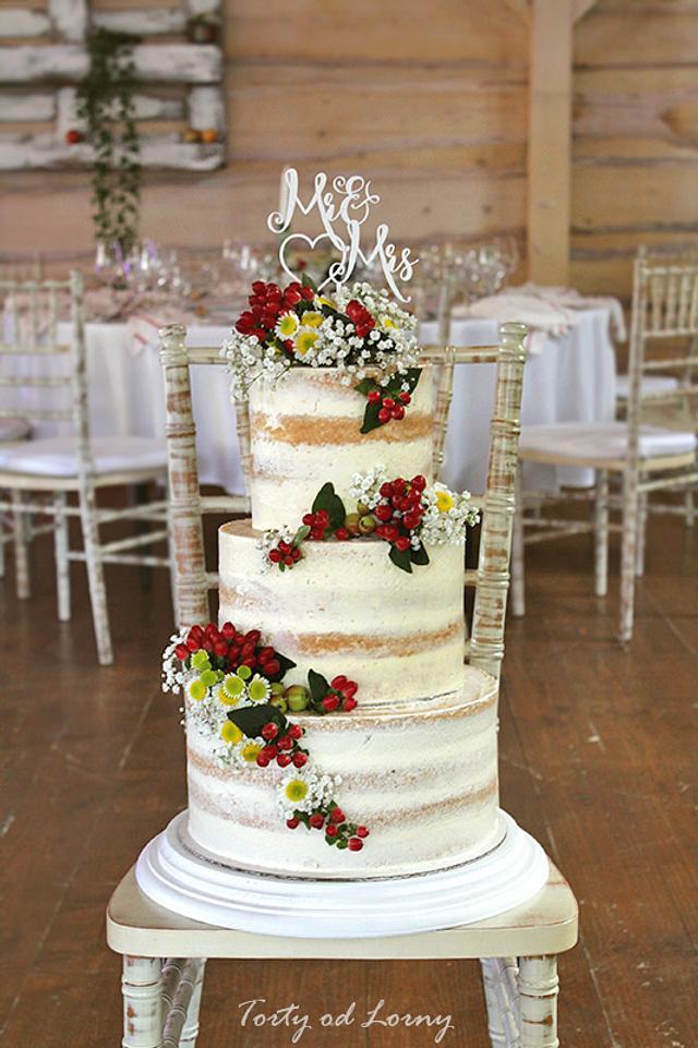 Naked Wedding Cake Ideas   Whimsical Wonderland Weddings