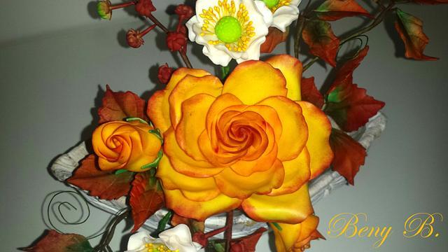 Golden Autumn sugar flowers decoration