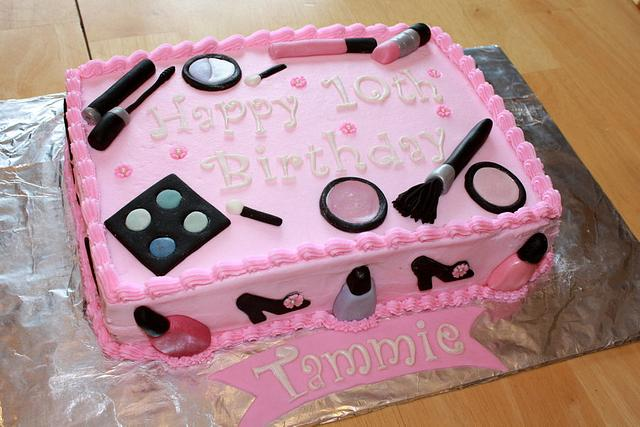 Let's play dress up cake