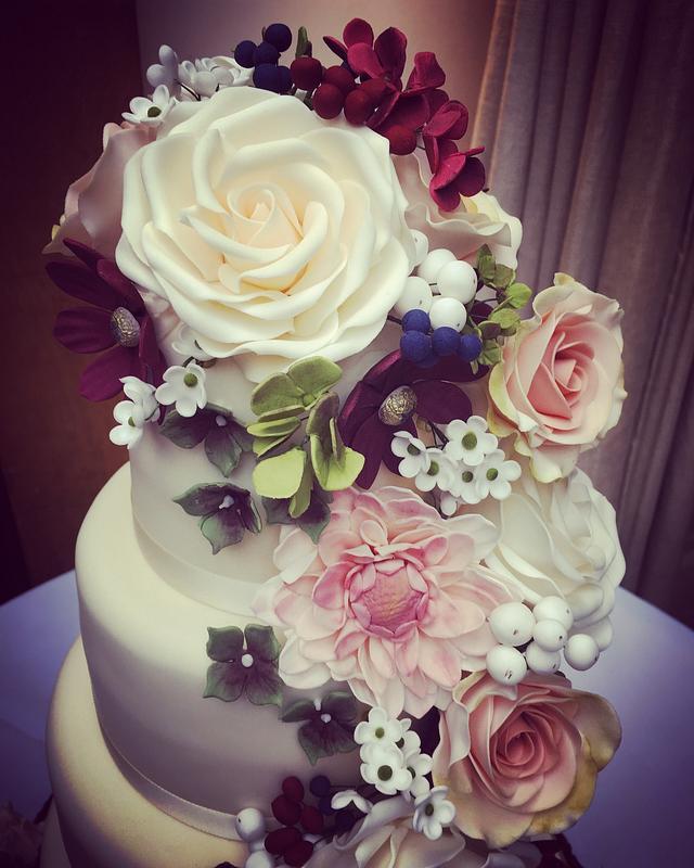 Autumnal Floral Cascade Wedding Cake