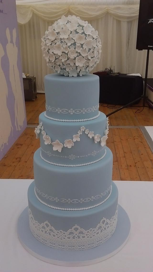 wedge wood blue cake