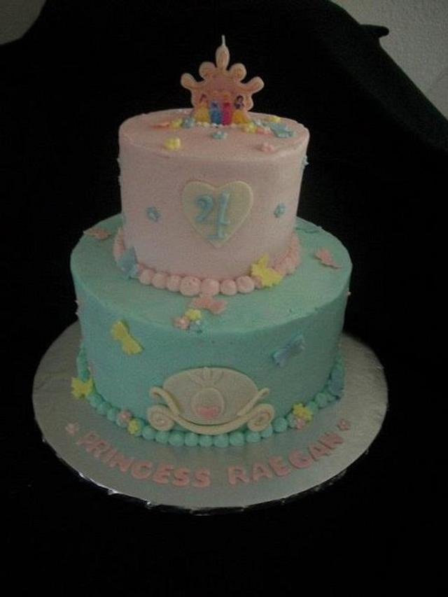 Prime Princess Themed Birthday Cake Cake By Caymancake Cakesdecor Personalised Birthday Cards Veneteletsinfo