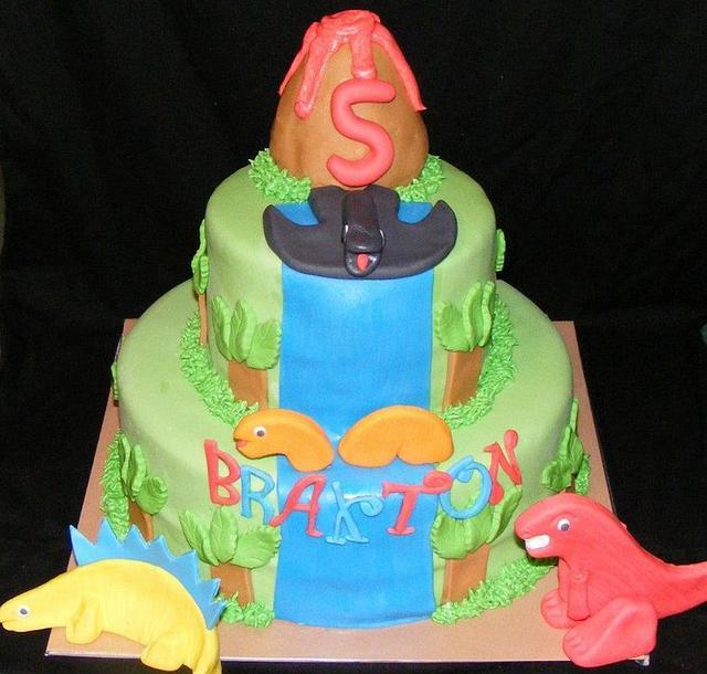 Dino Cake 2