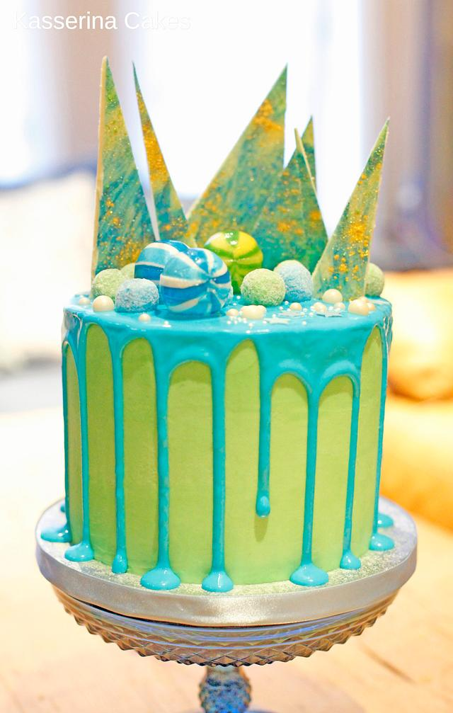 Blue and green colour pour / drip candy cake