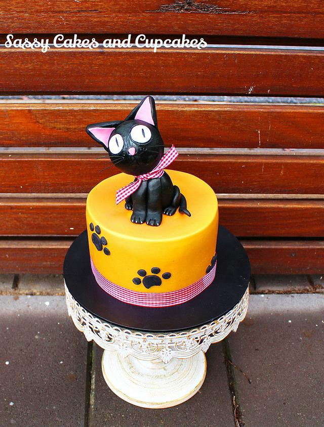 Excellent Birthday Cat Cake By Sassy Cakes And Cupcakes Anna Cakesdecor Funny Birthday Cards Online Fluifree Goldxyz