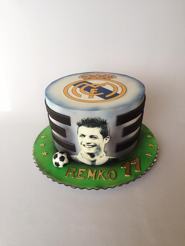 Admirable Real Madrid Birthday Cake Cake By Layla A Cakesdecor Funny Birthday Cards Online Elaedamsfinfo