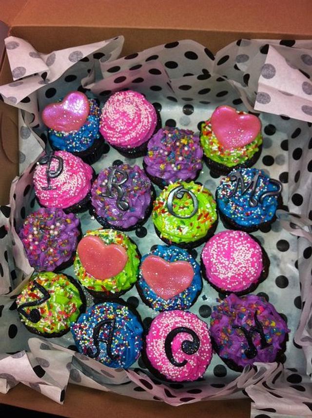 Prom Invitation Cupcakes