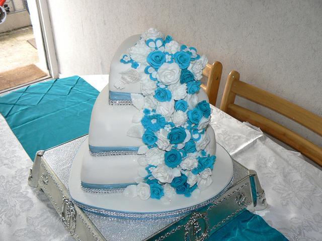 Becky & Gareth's wedding cake