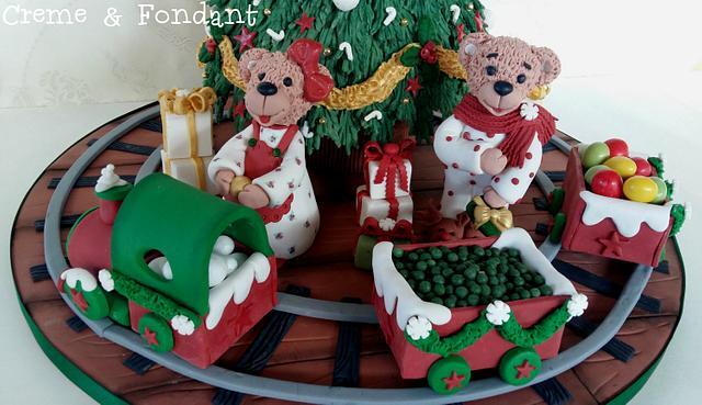 Christmas  tree  cake.