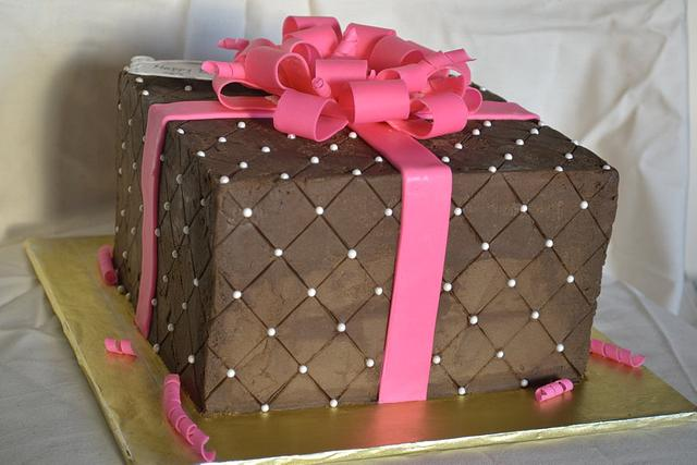 Quilted Chocolate Carmel Present