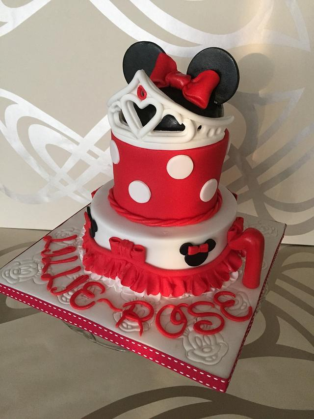 Mini mouse first birthday