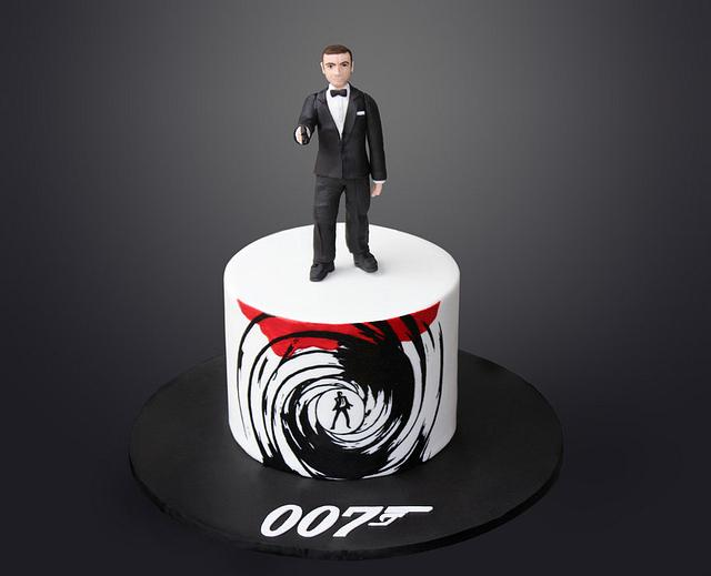 A date with 007