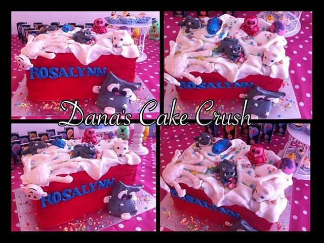 Toy box cake bright pink