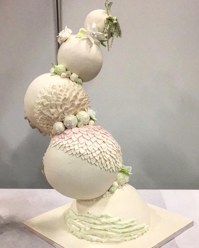 Fantasy wedding cake