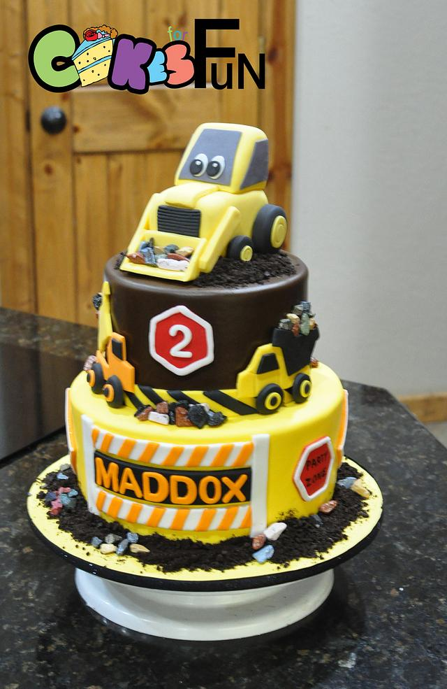 Marvelous Construction Cake With Bulldozer Cake By Cakes For Fun Cakesdecor Personalised Birthday Cards Beptaeletsinfo