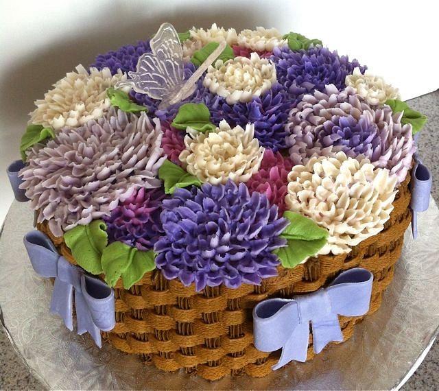 Buttercream Dahlia Cake