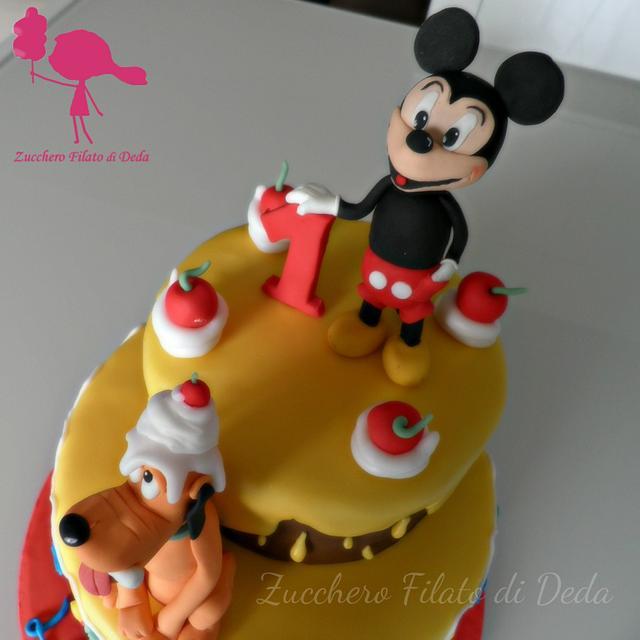 Mickey Mouse & Pluto cake