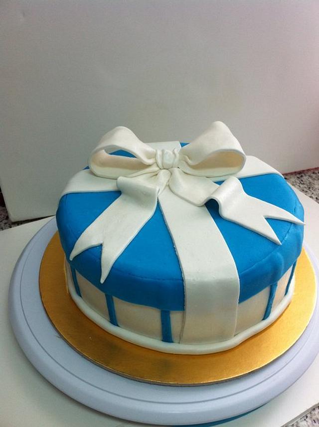 Gift box cake!