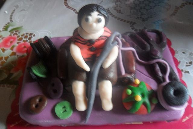 Sewer's Cake
