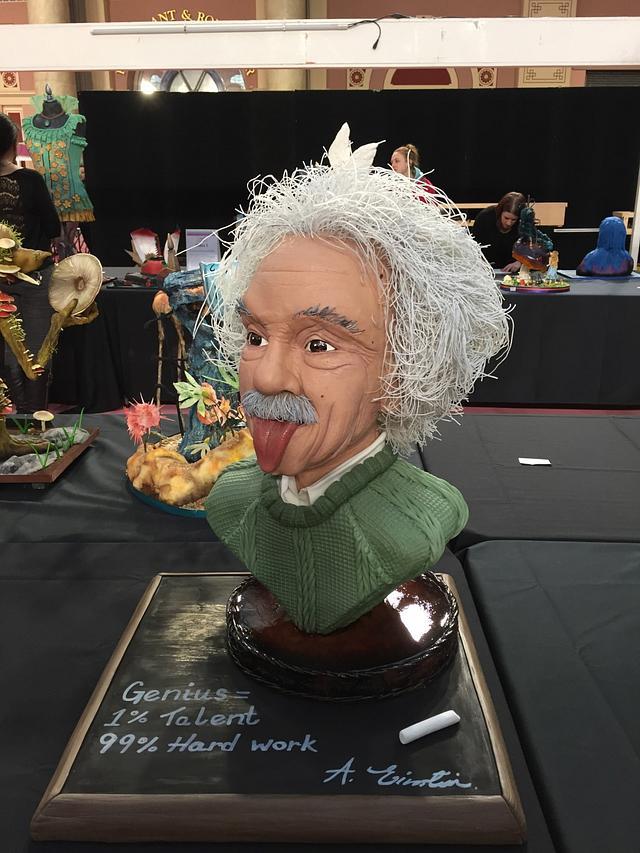 Einstein Bust - Genius in cake!