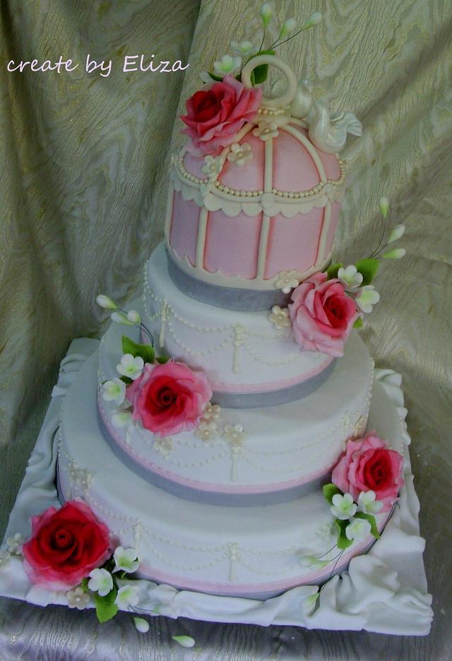 Retro wedding - cake with cage :)