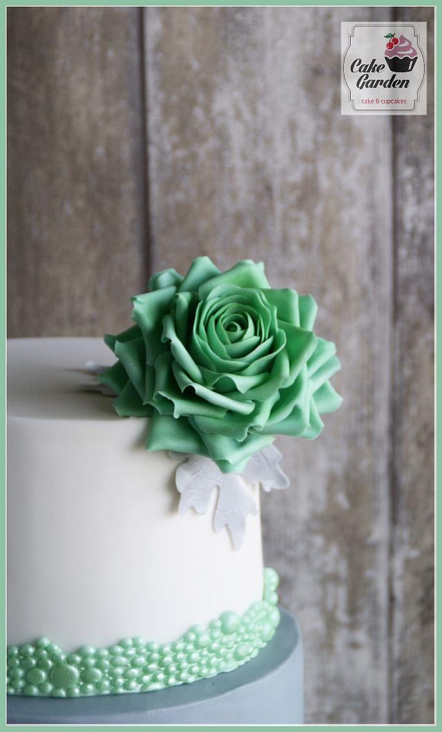 Wedding cake white-mint-grey