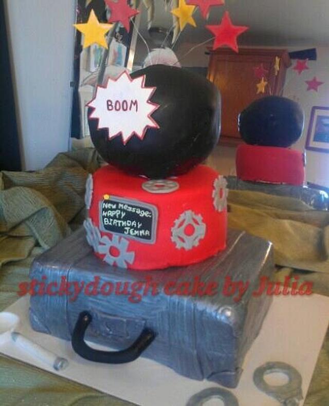 Groovy Spy Kids Cake Cake By Julia Dixon Cakesdecor Birthday Cards Printable Giouspongecafe Filternl