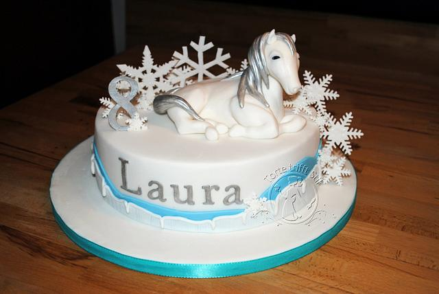 snow white winter horse
