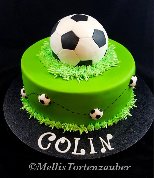 Groovy Soccer Birthday Cake And Cupcakes Cake By Cakesdecor Personalised Birthday Cards Paralily Jamesorg