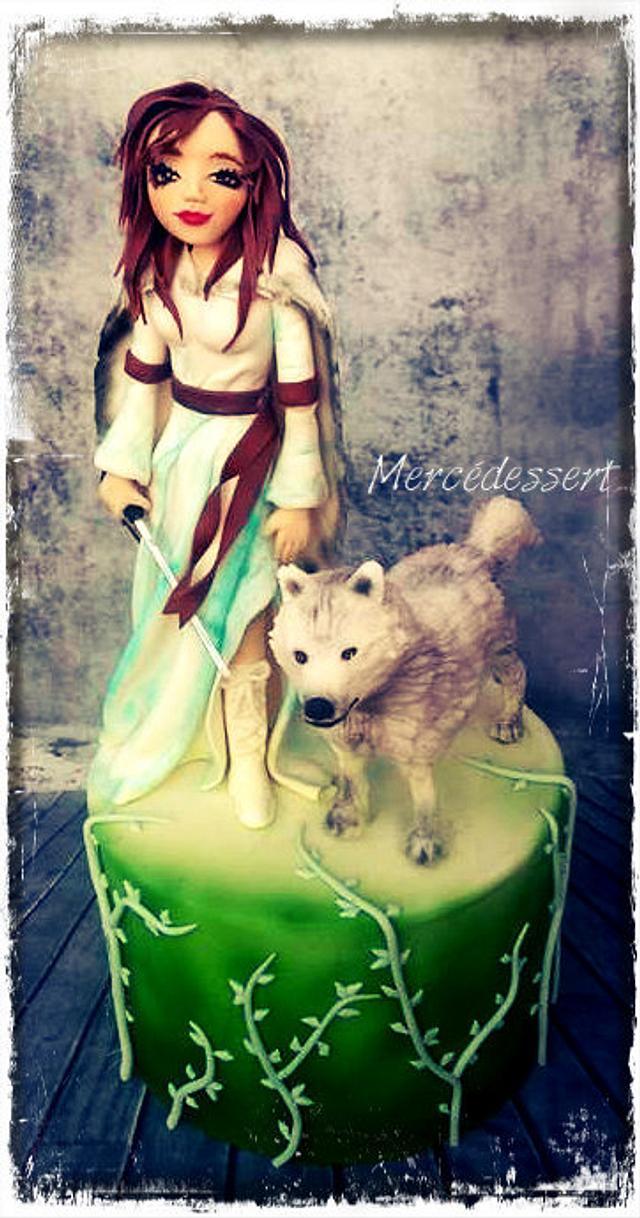 Figurine wolf woman
