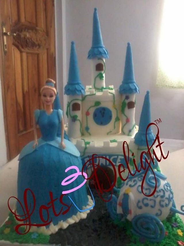 Amazing Cinderella Castle Cake Cake By Lot Cakesdecor Funny Birthday Cards Online Fluifree Goldxyz