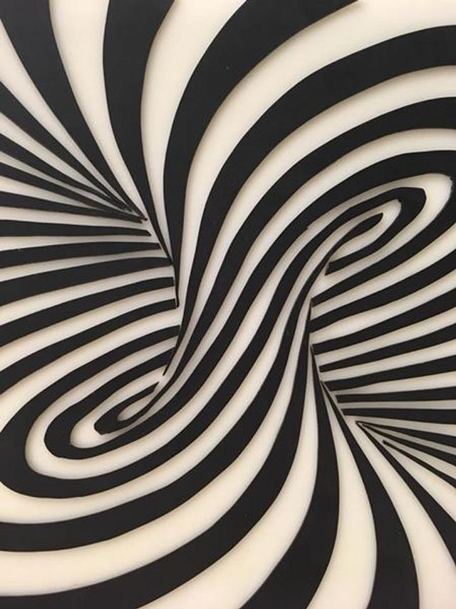 Black and white illusion cake! You will get dizzy! :)